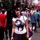 Ana Carolina Mendes veste Camiseta Colors of Rock