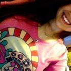 Carolina Roux Oliveira  veste Camiseta Lampião e Maria Bonita