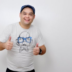Bergo com a camiseta Camiseta Gollum Hipster