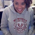 Amanda  Rocha de Farias veste Moletom Jedi Academy