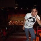 Pedro Mota veste Camiseta Woody Allen