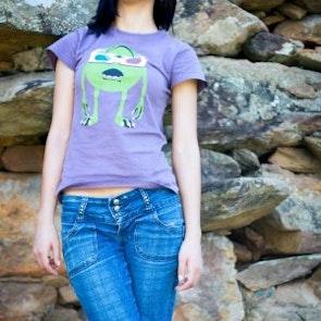 Stephany com a camiseta Camiseta 3D Vision