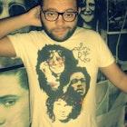 Alex Willian Araújo Lima veste Camiseta Colors of Rock