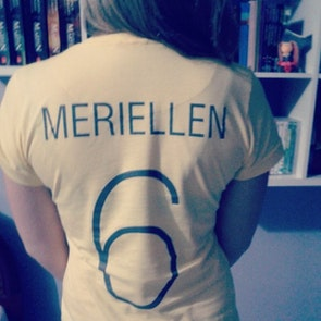 Meriellen com a camiseta Camiseta Brasilidade