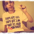 Juliana Fiegenbaum veste Camiseta Pobreza