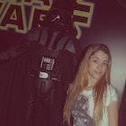 Thairine César veste Camiseta Darth Vader