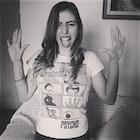 Ágata Avelar veste Camiseta Psicose