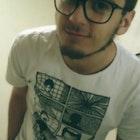 Odival  Pereira Junior veste Camiseta Psicose