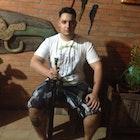 Gabriel Moreno veste Camiseta Classic Swords