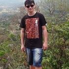 Jucieldo Alexandre veste Camiseta Biblioteca