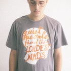 Alan roger Dias veste Camiseta Quiet People