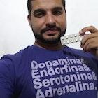 Flávio Garcia veste Camiseta Prazer