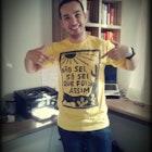 Felipe  Nascimento Fontes veste Camiseta O Auto da Compadecida